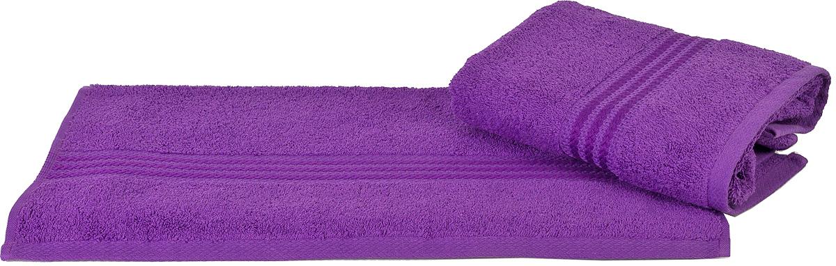 Полотенце Hobby Home Collection Rainbow, цвет: темно-лиловый, 50 х 90 см1501000545Полотенце Hobby Home Collection Rainbow выполнено из 100% хлопка. Изделие отлично впитывает влагу, быстро сохнет, сохраняет яркость цвета и не теряет форму даже после многократных стирок. Такое полотенце очень практично и неприхотливо в уходе. А простой, но стильный дизайн полотенца позволит ему вписаться даже в классический интерьер ванной комнаты.