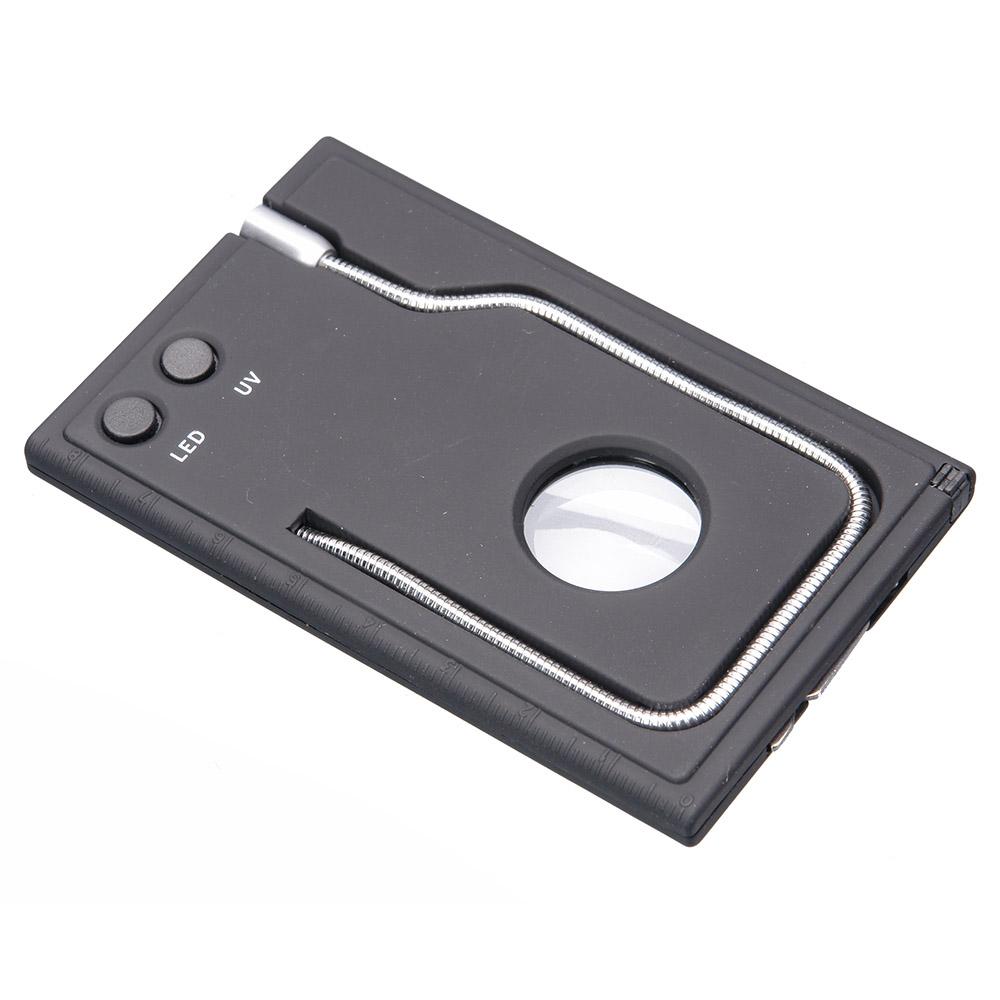 Набор Veber, цвет: черный, 4 предмета22900Набор 5 в 1. В набор входит ключ с отвертками, авторучка, лупа 20 мм 5x, УФ фонарик, светодиодный фонарик на гибкой штанге. На боковой стороне нанесена линейка. ОПИСАНИЕ Многофункциональный набор 5 в 1, включающий: Лупа с увеличением 5x, диаметр 20 мм авторучка Cветодиодный фонарик УФ фонарик Ключ с отвертками Технические характеристики Увеличение, крат 5 Диаметр линзы, мм 20 Материал линзы пластик Материал корпуса пластик Габаритные размеры, мм 87x58x7 Вес, г 29