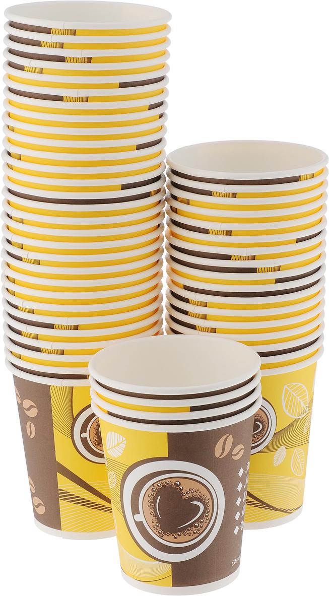 Набор одноразовых стаканов Huhtamaki Кофе с собой, 250 мл, 50 штVT-1520(SR)Одноразовые стаканы Huhtamaki Кофе с собой, изготовленные из плотной бумаги, предназначены для подачи горячих напитков. Вы можете взять их с собой на природу, в парк, на пикник и наслаждаться вкусными напитками. Несмотря на то, что стаканы бумажные, они очень прочные и не промокают. Диаметр (по верхнему краю): 8 см. Диаметр дна: 5,5 см.Высота: 9 см.