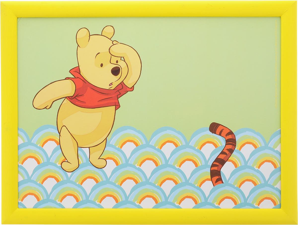 Столик-поднос Disney Винни и его друзья, с подушкой, 44 х 34 х 8 см. 6124161240_желтый, зеленыйСтолик-поднос Disney Винни и его друзья удобно помещается на коленях. Его можно использовать для рисования, работы с ноутбуком или чтобы перекусить. Столик изготовлен из дерева и имеет мягкое основание в виде подушки, которая наполнена шариками пенопласта. Яркий дизайн с изображением героев из мультика несомненно понравится вашему ребенку.