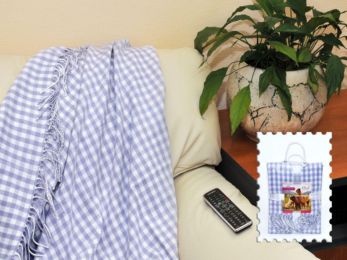 """Плед Cleo Каминный, цвет: голубой, 130 х 150 см130/008-alКоллекция пледов Cleo Альпака – стильный дизайн и согревающая нега прикосновения! Пледы сделаны из инновационного материала - ПолиАкрила. ПолиАкрил- это уникальный инновационный материал, мягкий и легкий, по внешнему виду и на ощупь напоминает шерсть Альпака. Часто его называют """"искусственной шерстью"""". ПолиАкрил - хорошо сохраняет тепло, износоустойчив, не теряет свой формы и цвета долгое время. Коллекция пледов Cleo Альпака – стильные дизайны, невероятно теплые, компактные пледы, составят вам компанию в путешествии, дома и на даче в холодные вечера, вам захочется достать этот плед и укутаться в нем, чтобы ощутить нежность его прикосновения. Пледы CLEO Альпака станут вашим лучшими спутниками, и именно они будут хранить тепло и самые положительные эмоции!"""