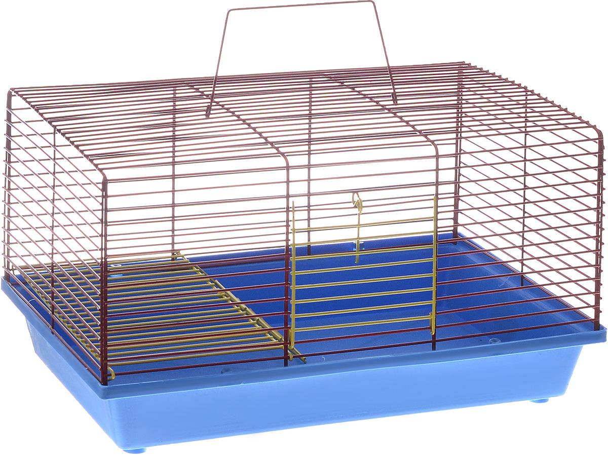 Клетка для хомяка ЗооМарк, 2-этажная, цвет: синий поддон, красная решетка, 36 х 23 х 20 см111СКДвухэтажная клетка ЗооМарк, выполненная из полипропилена и металла, подходит для хомяков или других небольших грызунов. Она имеет яркий поддон, удобна в использовании и легко чистится. Сверху имеется ручка для переноски. Такая клетка станет уединенным личным пространством и уютным домиком для маленького грызуна.