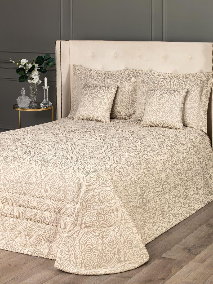 Комплект для спальни Togas Кэрол: покрывало 260 х 260 см, 4 наволочки, цвет: бежевый40.12.61.0206