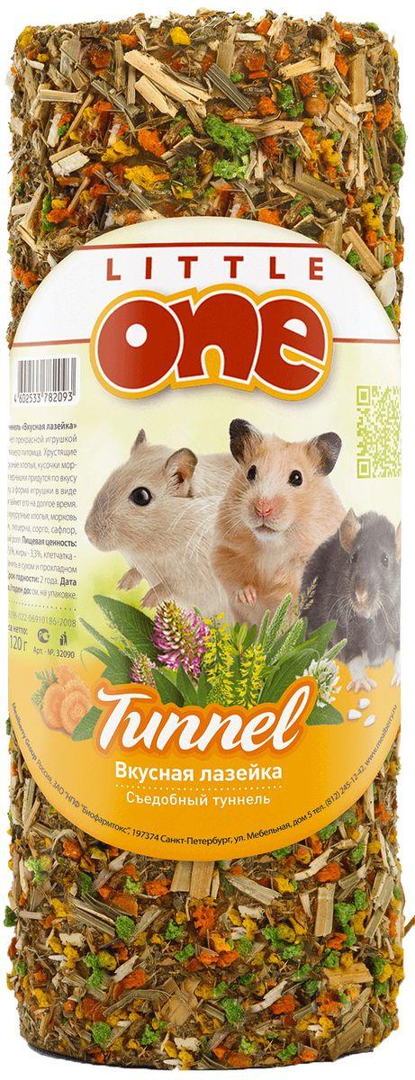Лакомство-теннель для грызунов Little One Вкусная лазейка, 120 г40144Туннель «Вкусная лазейка» станет прекрасной игрушкой-лакомством для вашего питомца. Хрустящие кукурузные хлопья, кусочки моркови и зернышки придутся по вкусу зверьку, а форма игрушки в виде туннеля займет его на долгое время.