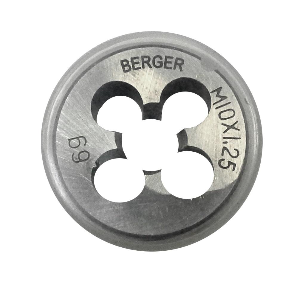 Плашка метрическая Berger, М10 х 1,25 мм. BG1007BG1007Плашки изготовлены из инструментальной легированной стали 9ХС (средняя твердость 61 HRC), обладают повышенной износостойкостью, упругостью, сопротивлением к изгибу и кручению, стойкостью к контактным нагрузкам. Упаковка - блистер. Маркировка плашки облегчает идентификацию.