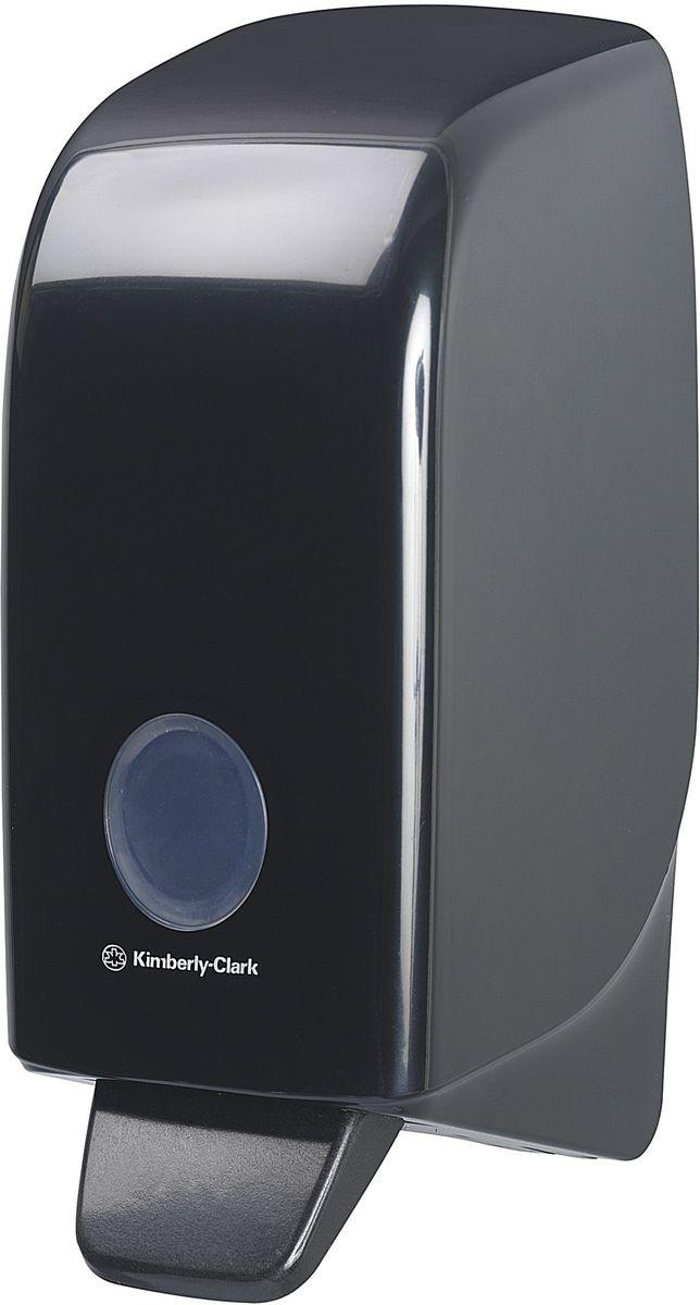 Диспенсер для мыла Aquarius, цвет: черный, 1 л. 7173UP210DFАссортимент диспенсеров для моющих средств для рук из скоординированной линейки диспенсеров для туалетных комнат. Диспенсеры мотивируют сотрудников соблюдать гигиенические нормы, повышают уровень комфорта, демонстрируют заботу о персонале и помогают сократить расходы. Идеальное решение для подачи жидкого или пенного мыла. Максимальная универсальность и сокращение затрат, легкая заправка при большой вместимости обеспечивает потребности любых туалетных комнат.Формат поставки: диспенсер современного дизайна, обтекаемой формы, обеспечивающий быструю заправку; черное глянцевое, легко очищаемое покрытие; отсутствие мест скопления пыли и грязи; смотровое окно для контроля за расходными материалами; возможность выбора цветовых вставок в соответствие с интерьером конкретных туалетных комнат. Замена диспенсера 6964, 6976 и 6983. Совместим с моющими средствами: 6330, 6331, 6332, 6333, 6334, 6340, 6341, 6342, 6352, 6385.