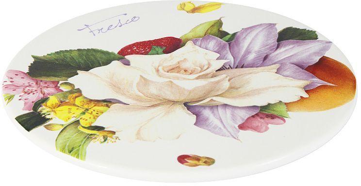 Блюдо Ceramiche Viva Фреско, диаметр 21 смCV2-T11-08048-ALБлюдо Ceramiche Viva Фреско изготовлено из высококачественной керамики. Нанесение сверкающей глазури, не содержащей свинца, придает посуде превосходный блеск и особую прочность. Изделие украшено ярким цветочным рисунком. Такое блюдо отлично подойдет для сервировки разнообразных закусок, нарезок, канапе. Оно изысканно украсит стол и подчеркнет ваш прекрасный вкус. Изделие можно мыть в посудомоечной машине и использовать в микроволновой печи. Не разрешается применять при мытье посуды абразивные порошки.