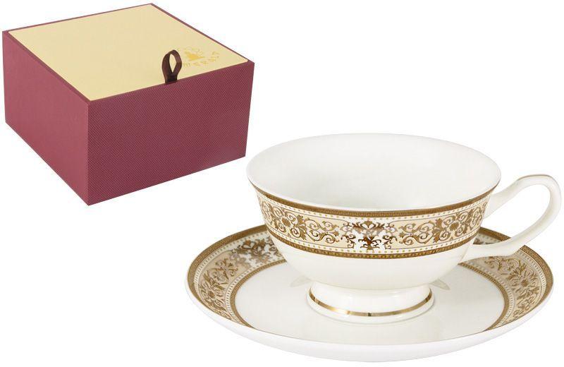 Чайная пара Emerald Шарлотта, 2 предмета115610Чайная пара Emerald Шарлотта состоит из чашки и блюдца, изготовленных из высококачественного костяного фарфора. Яркий дизайн изделий, несомненно, придется вам по вкусу.Чайная пара Emerald Шарлотта украсит ваш кухонный стол, а также станет замечательным подарком к любому празднику.Объем чашки: 200 мл.