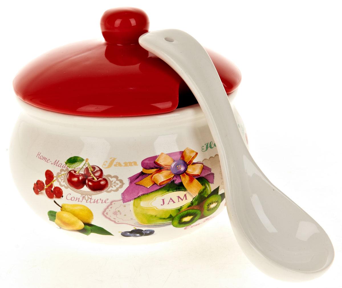 Сахарница ENS Group Джем, с ложкой, 800 млL2430679Сахарница Джем с крышкой и ложкой изготовлена из керамики и украшена ярким рисунком. Емкость универсальна, подойдет как для сахара, так и для специй или меда. Можно мыть в посудомоечной машине.