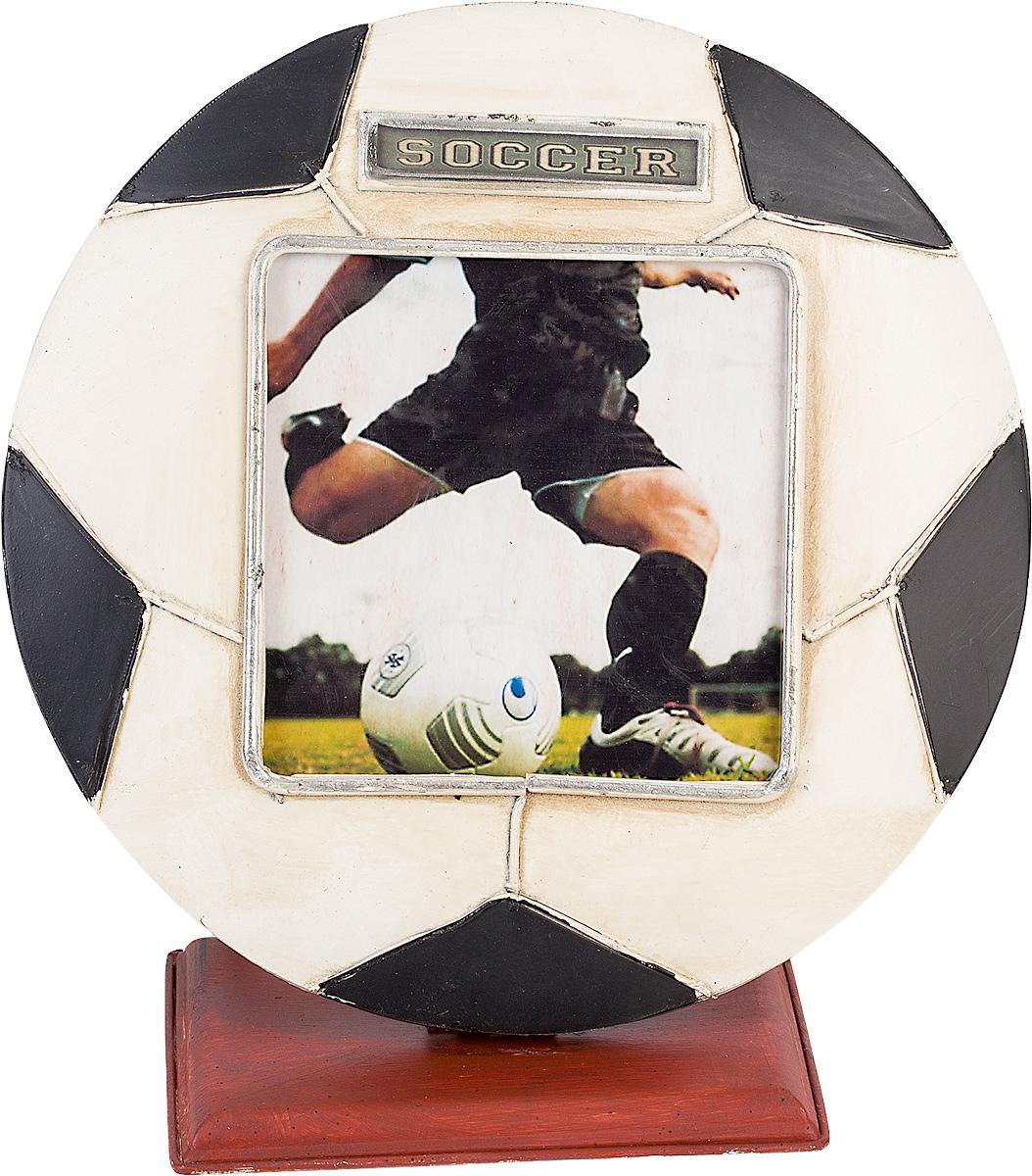 Фоторамка Platinum Футбольный мяч, 11 х 11 см1304B-1200Фоторамка Platinum Футбольный мяч выполнена в классическом стиле из высококачественных материалов. Такая фоторамка поможет вам оригинально и стильно дополнить интерьер помещения, а также позволит сохранить память о дорогих вам людях и интересных событиях вашей жизни. Подходит для фотографии размером: 11 х 11 см.
