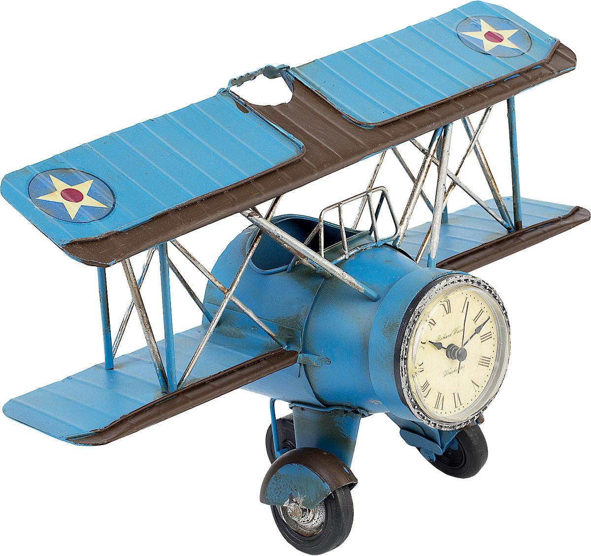Подставка для ручек Platinum Часы. АэропланFS-00103Подставка для ручек Platinum Часы. Аэроплан, выполненная из металла, позволяет разместить достаточное количество ручек или карандашей и освободить пространство на вашем столе. Она оригинально украсит ваш письменный стол, не занимая при этом много места.
