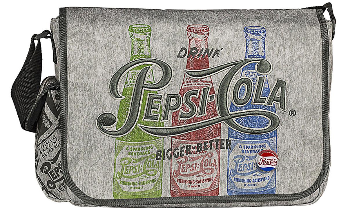 Pepsi Сумка школьная Pepsi Cola72523WDСумка школьная Pepsi Cola изготовлена из прочного материала серого цвета и оформлена рисунками бутылочек с газировкой, вышивкой и оригинальным значком в виде пробки. Сумка имеет одно основное отделение, которое закрывается на молнию и клапан с липучками. Внутри отделения находятся три кармашка под канцелярские принадлежности, открытый карман для мелочей и врезной кармашек на молнии. Под клапаном с лицевой стороны расположен накладной карман на застежке-молнии. С одного бока сумка дополнена накладным кармашком под клапаном на липучке.Сумка имеет одну лямку, которая регулируется по длине.Такую сумку можно использовать для повседневных прогулок, учебы, отдыха или спорта.