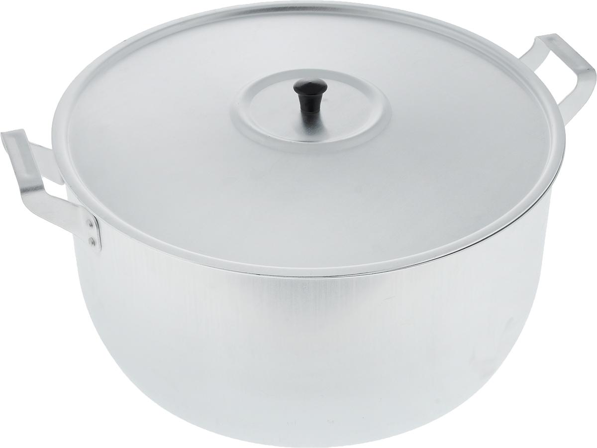 Кастрюля Scovo с крышкой, 15 лМШ-006Кастрюля Scovo с крышкой изготовлена из алюминия с полированной поверхностью. Посуда с полированной поверхностью медленно остывает, долго сохраняя тепло, поэтому идеально подходит для кипячения молока, воды, приготовления супов, каш. Кастрюля подходит для использования на всех типах плит, кроме индукционных. Можно мыть в посудомоечной машине. Алюминиевая посуда - это давно проверенная классика. Долговечная и недорогая, алюминиевая посуда не обладает привлекательным внешним видом, но может пережить многие испытания и не понести потерь. Даже деформация корпуса, в принципе, не влияет на дальнейший процесс приготовления пищи. Полированную алюминиевую посуду не рекомендуется мыть абразивными моющими средствами с использованием жестких щеток и других твердых материалов. Такая посуда пригодится не только дома, но и станет незаменимой в походах или поездках за город. Диаметр кастрюли (по верхнему краю): 34 см. Высота стенки: 17 см. Объем кастрюли: 15 л.