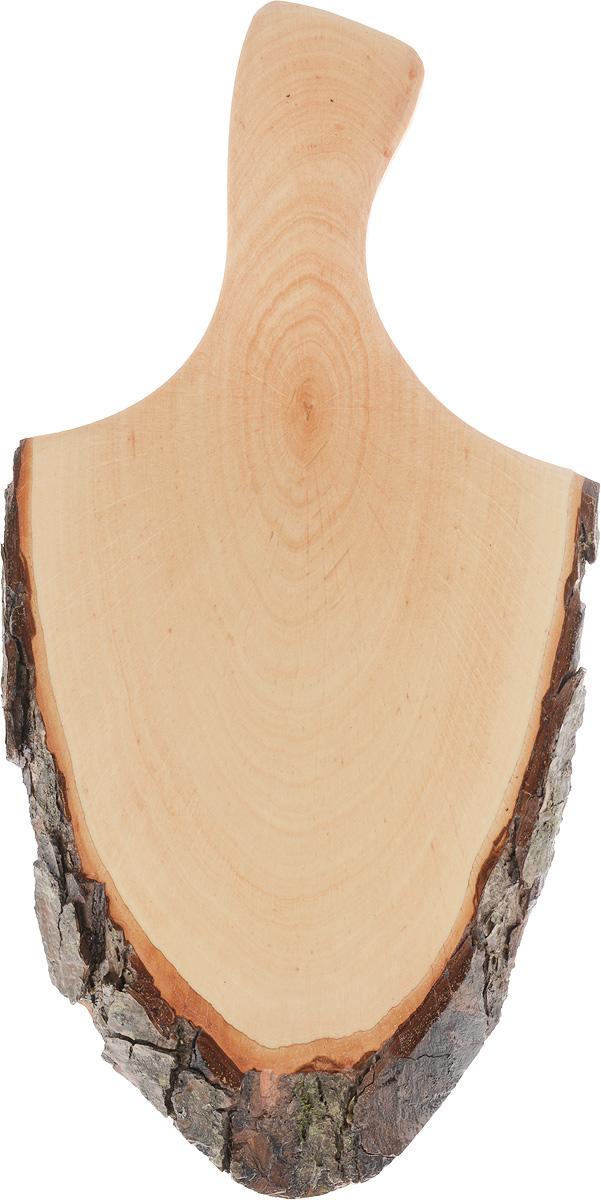 Доска сервировочная Kesper, 35 х 18 х 2 см6120-5Сервировочная доска с ручкой Kesper выполнена из натурального, экологически чистого материала (дерева ольхи). Специальная обработка обеспечивает прочность и долгий срок службы. Изделие имеет нестандартную форму, обладает высокими антибактериальными свойствами, имеет приятный древесный аромат. Доска идеально подойдет для красивой подачи ваших кулинарных шедевров. Ее размер и форма позволяют подавать мясные блюда, нарезки, холодные или горячие закуски, это идеальный вариант для суши. Эта доска станет настоящим украшением и изюминкой вашей кухни. Не рекомендуется мыть в посудомоечной машине.