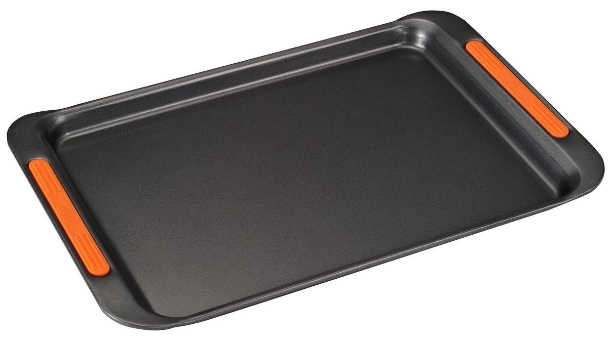 Противень Gipfel Mist, с антипригарным покрытием, 46 x 29 x 2,8 см0307Противень Gipfel Mist изготовлен из углеродистой стали с антипригарным покрытием Xylan и оснащен ручками с силиконовым покрытием. Антипригарное покрытие обеспечивает превосходные свойства, поэтому при готовке можно почти не использовать подсолнечное масло. Посуда абсолютно безопасна для здоровья, так как не содержит PFOA, соединений кадмия и свинца. Противень предназначен для использования в духовке. Можно мыть в посудомоечной машине. Размер противня: 46 х 29 х 2,8 см.