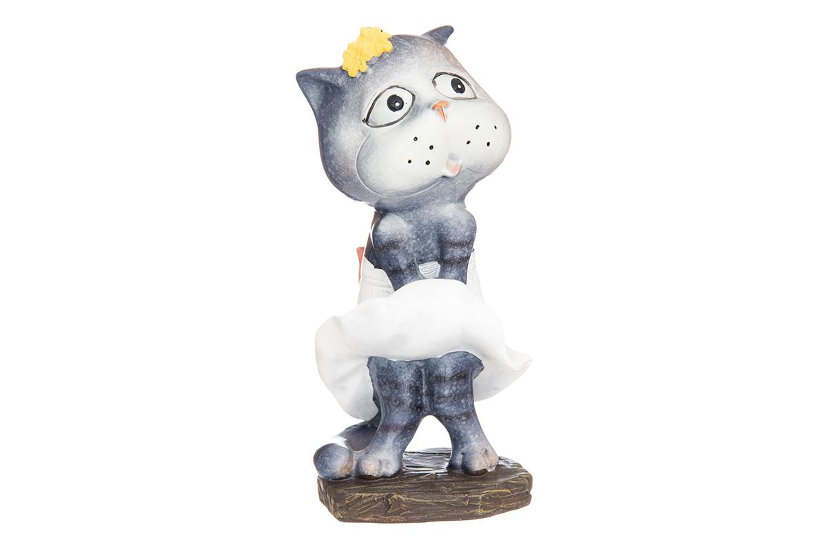 Фигурка декоративная Elan Gallery Кошка-Мэрилин, высота 12,5 см870185Декоративные фигурки - это отличный способ разнообразить внутреннее убранство вашего дома. Декоративная фигурка с изображением кошки станет прекрасным сувениром, который вызовет улыбку и поднимет настроение. Фигурка выполнена из полистоуна. Размер статуэтки: 6 х 5,5 х 12,5 см.
