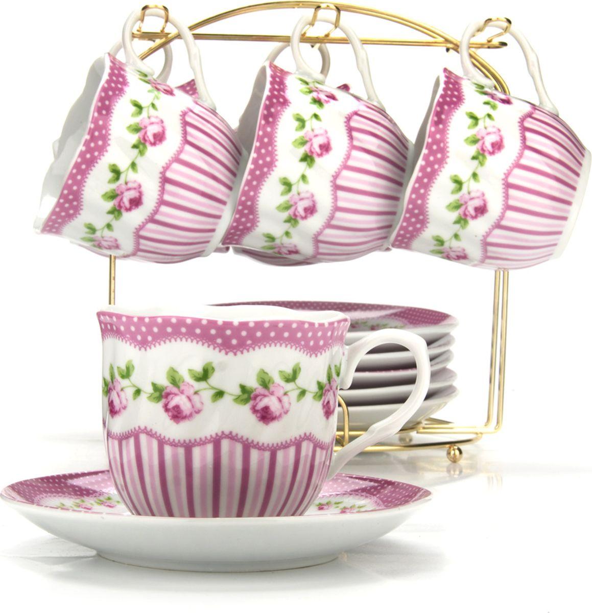 Сервиз чайный Loraine, на подставке, 13 предметов. 43286115510Чайный набор состоит из шести чашек, шести блюдец и металлической подставки золотого цвета. Предметы набора изготовлены из качественного фарфора и оформлены красочным цветным рисунком, стенки чашек имеют изящную волнистую поверхность. Чайный набор идеально подойдет для сервировки стола и станет отличным подарком к любому празднику. Все изделия можно компактно хранить на подставке, входящей в набор. Подходит для мытья в посудомоечной машине.Диаметр чашки: 8 см.Высота чашки: 7 см.Объем чашки: 200 мл.Диаметр блюдца: 13,5 см.