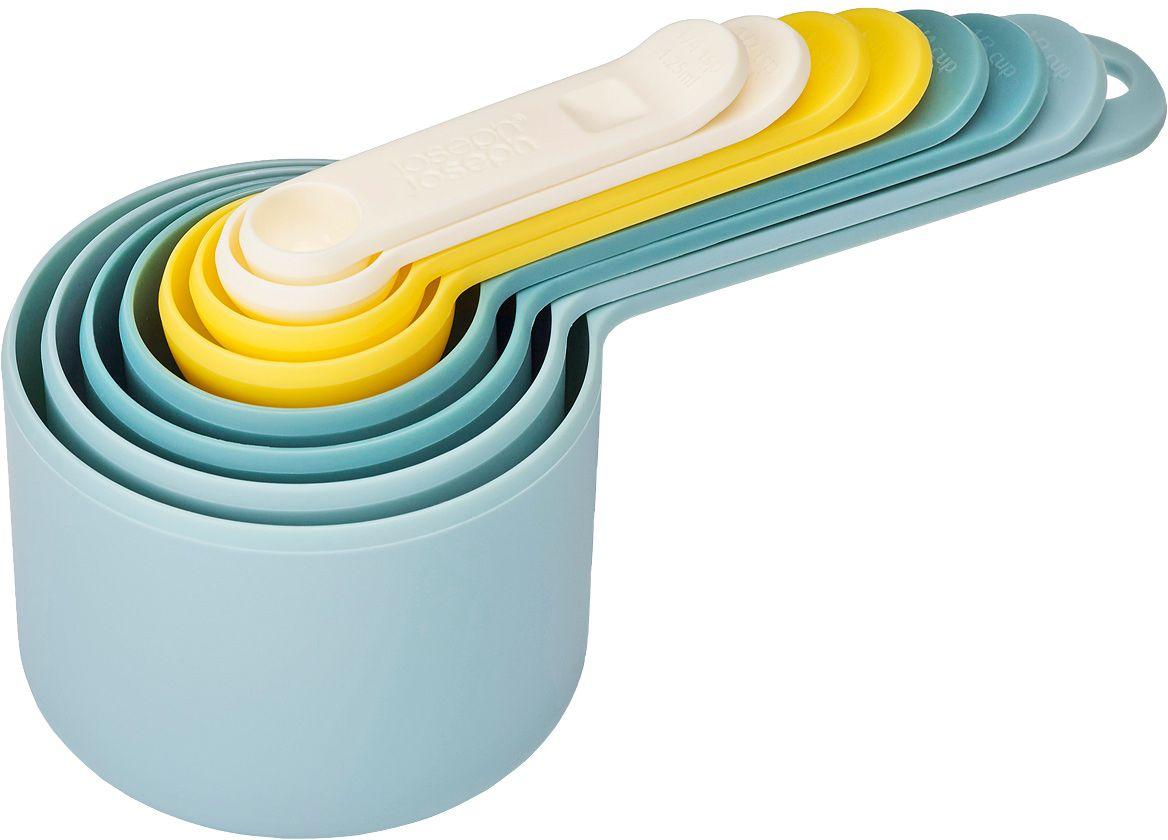 Набор мерных емкостей Joseph Joseph Nest, цвет: опал, 8 шт94672Набор Joseph Joseph Nest, выполненный из высококачественного пищевого пластика, состоит из 8 мерных емкостей различного объема. Емкости складываются друг в друга, что позволяет существенно экономить пространство на кухне. Ручки емкостей оснащены отметками литража (в миллилитрах и tsp/cup). Набор позволяет измерять объем от 1,25 мл до 250 мл и от 1/4 чайной ложки до 1 чашки.Набор мерных емкостей Joseph Joseph Nest станет незаменимым помощником в приготовлении пищи, а современный стильный дизайн позволит такому набору занять достойное место на вашей кухне, добавив интерьеру оригинальности.Коллекция Nest - это практичность, экономия пространства, яркие краски и стиль! В любом доме будут рады такому подарку, и никто не останется равнодушным к этому набору.Можно мыть в посудомоечной машине.Объем мерных емкостей: 1,25 мл; 2,5 мл; 5 мл; 15 мл; 60 мл; 85 мл; 125 мл; 250 мл. Длина емкостей (с ручками): 7,5-18 см.