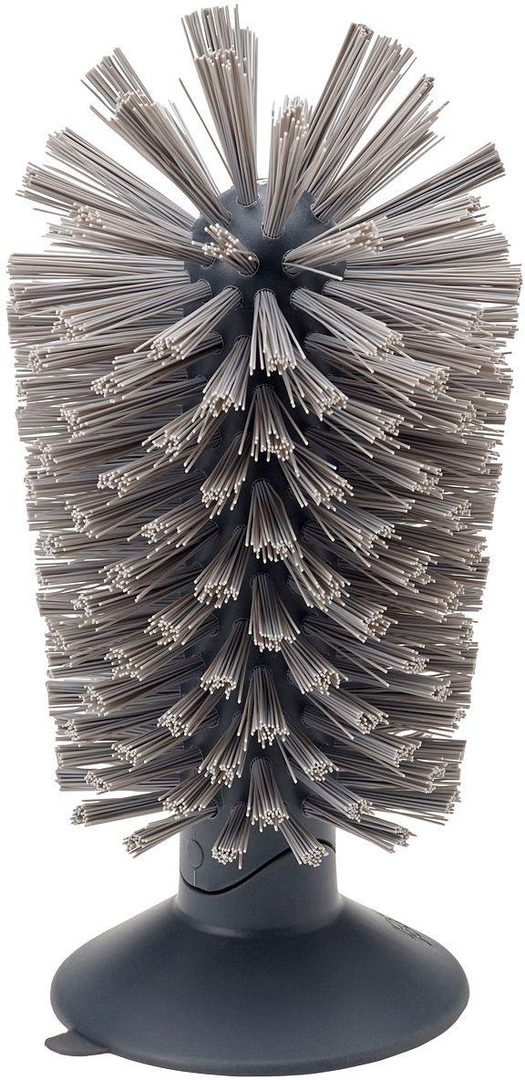 Щетка для стаканов Joseph Joseph Brush-up, на присоске, цвет: серый10503Щетка для стаканов Joseph Joseph Brush-up- эргономичная щетка для раковины, для быстрой очистки кружек, бокалов и стаканов.Благодаря изогнутой конструкции и прочной щетине эффективно справится с посудой глубиной до 14 см. Щётка крепится к ровной поверхности за счет усиленной присоски, благодаря чему позволяетэкономно использовать пространство вокруг раковины.Изделие покрыто щетиной средней жёсткости, которая не оставляет царапин, а удобная форма поможет вам очистить даже труднодоступные места.