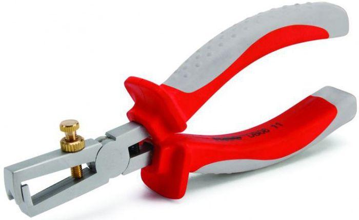 Стриппер изолированный КВТ 160 мм до 1000В60474Для работы под напряжением до 1000 В Снятие изоляции с медных проводов диаметр до 5 мм и сечением до 6.0 мм2 Быстрая настройка на нужный типоразмер при помощи винта с накатной головкой и контргайкой Встроенная возвратная пружина Ромбовидный профиль захватывающих губок Материал рабочей части: хром-ванадиевая сталь Обработка поверхности: матовое никелирование Двухцветные многокомпонентные рукоятки с упорами для защиты от соскальзывания Длина 160 мм Вес 192 г