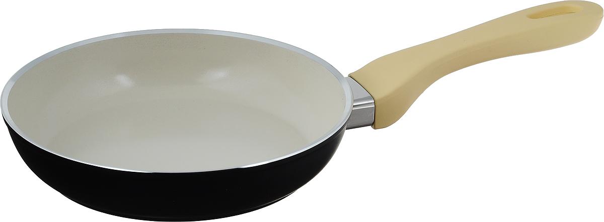 Сковорода Attribute Avorio, с керамическим покрытием. Диаметр 20 смAFA020Сковорода Attribute Avorio изготовлена из алюминия с высококачественным керамическим покрытием. Керамика не содержит вредных примесей ПФОК, что способствует здоровому и экологичному приготовлению пищи. Кроме того, с таким покрытием пища не пригорает и не прилипает к стенкам, поэтому можно готовить с минимальным добавлением масла и жиров. Гладкая, идеально ровная поверхность сковороды легко чистится, ее можно мыть в воде руками или вытирать полотенцем. Эргономичная ручка специального дизайна выполнена из пластика с покрытием soft-touch, удобна в эксплуатации. Сковорода подходит для использования на всех типах плит, но кроме индукционных. Также изделие можно мыть в посудомоечной машине. Высота стенки: 4,3 см. Длина ручки: 19 см.