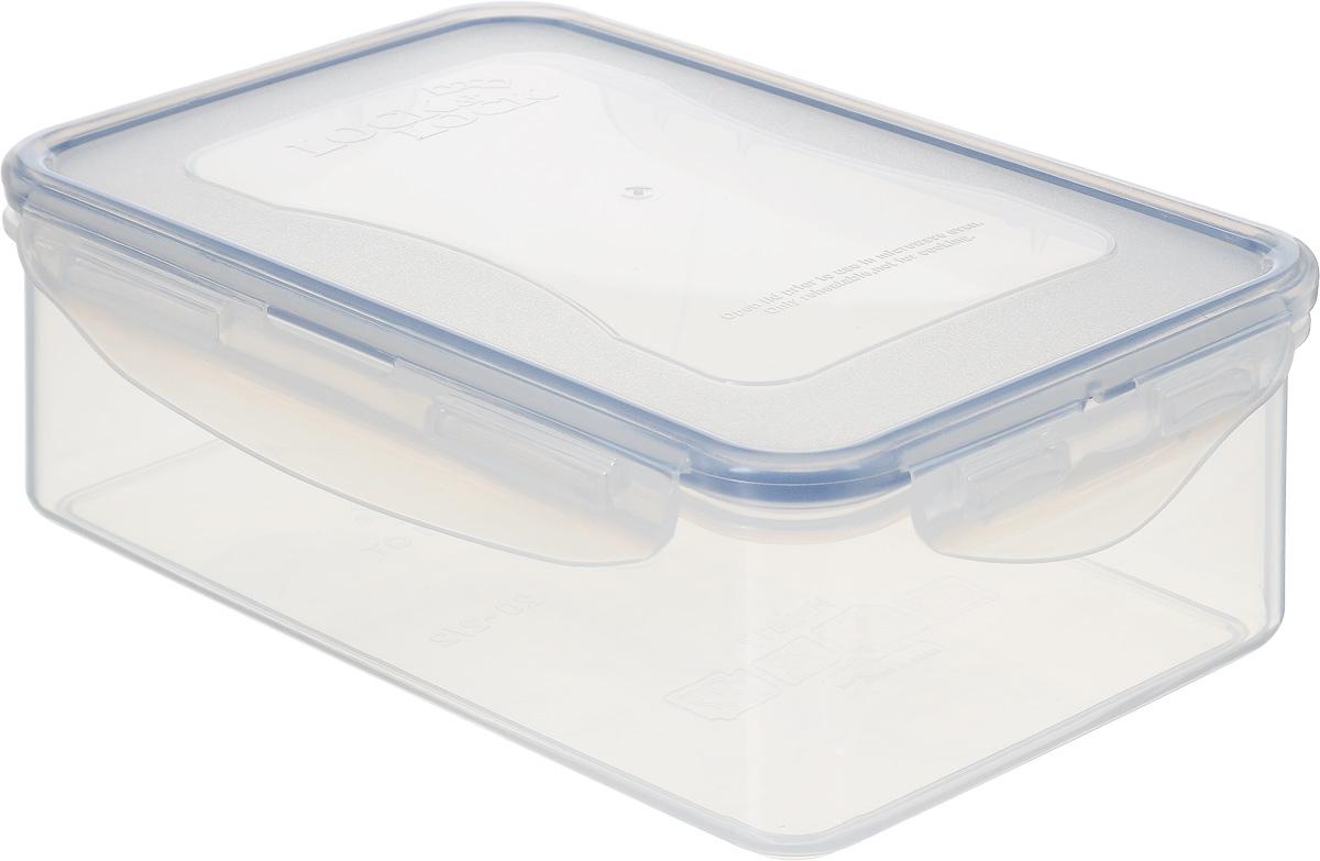 Контейнер пищевой Lock&Lock Classics, 1 лHPL817Контейнер Lock&Lock Classics изготовлен из высококачественного пластика, который не содержит Бисфенол-А, не выделяет вредных веществ. Герметичная пластиковая крышка снабжена уплотнительной резинкой, надежно закрывается с помощью четырех защелок. Контейнер с абсолютной непроницаемостью воды, воздуха и любых запахов. Обеспечивает длительное сохранение свежести продуктов. Подходит для мытья в посудомоечной машине, хранения в холодильных и морозильных камерах, использования в микроволновых печах.