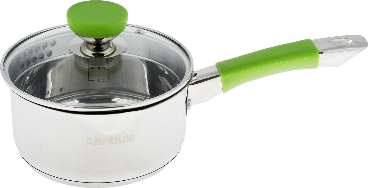 Ковш Attribute Lime с крышкой, 1,5 лASS317Ковш Attribute Lime изготовлен из нержавеющей стали. Он прекрасно подходит для приготовления здоровой и диетической пищи, без лишнего жира. Пища не пригорает и не липнет к стенкам, равномерно приготавливается, сохраняя все полезные микроэлементы. Ручка выполнена из силикона и имеет отверстие для подвешивания. Крышка, выполненная из термостойкого стекла, позволит вам следить за процессом приготовления пищи. Крышка оснащена металлическим ободом и отверстием для выпуска пара, а также предусмотрен удобный слив. Внутренняя стенка ковша оснащена мерной шкалой, для определения количества жидкости. Изделие подходит для всех типов плит, и даже для индукционных. Можно мыть в посудомоечной машине. Высота стенки ковша: 8,2 см. Длина ручки: 17 см.