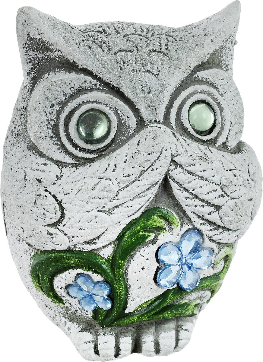 Фигурка декоративная Лилло Сова, цвет: серый, зеленый, голубой, высота 12 смFLY3214-3Декоративная фигурка Сова станет необычным аксессуаром для вашего интерьера и создаст незабываемую атмосферу. Фигурка изготовлена из керамики в виде миниатюрной совы. Эта очаровательная вещь послужит отличным подарком близкому человеку, родственнику или другу, а также подарит приятные мгновения и окунет вас в лучшие воспоминания.