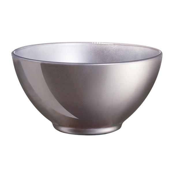Салатник Luminarc Flashy Colors, цвет: серый, 500 млJ1126Салатник Flashy Colors от Luminarc из качественного ударопрочного стекла пригодится на каждой кухне. В универсальном салатнике можно подавать холодные закуски, легкие салаты, снеки к чаю. Его можно использовать в СВЧ-печи и посудомоечной машине. Объём салатника - 500 мл.