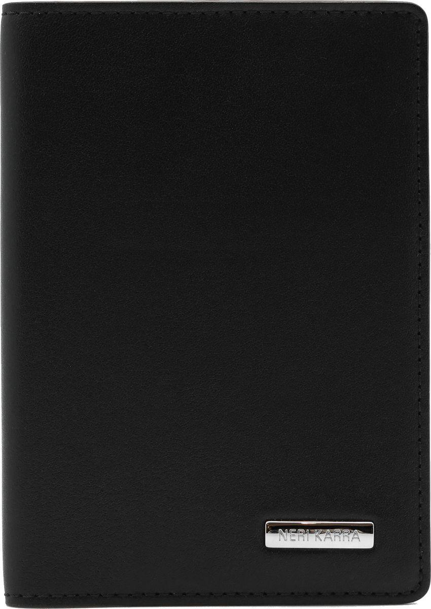 Обложка для паспорта Neri Karra, цвет: черный. 0137-72 501.010137-72 501.01Обложка для паспорта Neri Karra из натуральной кожи черного цвета с бордовым кантом, внутри дополнительных кармашка для карт.