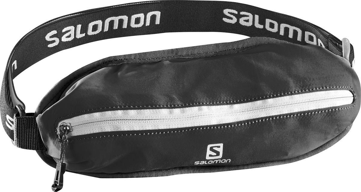 Сумка поясная Salomon Agile Single Belt, цвет: черныйL38255100Сумка поясная Salomon Agile Single Belt изготовлена из качественного полиамида. У сумки один передний карман на застежке-молнии. Суперэластичный пояс не смещается даже при беге и прыжках. Пояс отлично тянется, обеспечивая максимальный комфорт при беге.