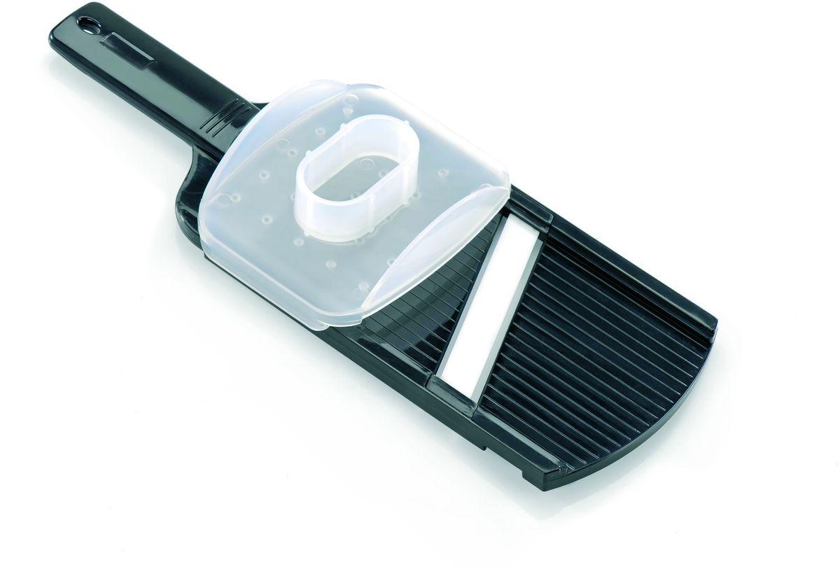 Слайсер керамический Gefu50400Слайсер с керамическим лезвием позволяет нарезать тонкими ломтиками без изменения цвета даже те продукты, которые окисляются на воздухе. Противоаллергенное керамическое лезвие особенно важно для тех людей, кто следит за своим здоровьем. Поставляется в комплекте с защитой для пальцев. Пригоден для мытья в посудомоечной машине.