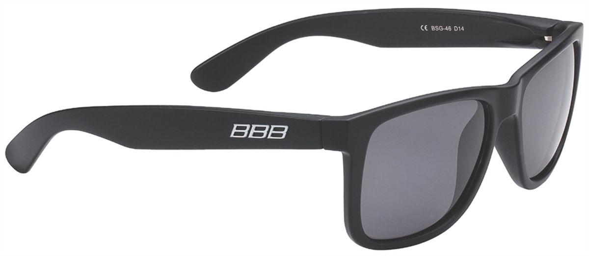 Очки солнцезащитные BBB Street PZ PC MLC Polarised Lenses, цвет: черный6056Каркас очков BBB Street PZ PC MLC Polarised Lenses выполнен из высококачественного поликарбоната. Поляризованные линзы уменьшают раздражение, а иногда и опасные блики на поверхности, например на дороге. Идеальны, если вы ищете острейший и ясный взгляд. Очки обеспечивают 100% защиту от ультрафиолета.Поставляются с чехлом.