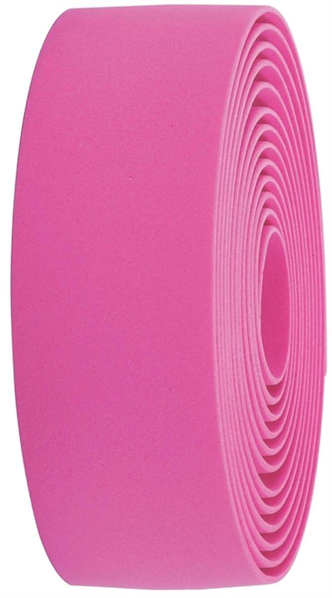 Обмотка руля BBB Race Ribbon, цвет: розовыйBHT-01Синтетическая обмотка BBB Race Ribbon высочайшего качества дает вам крепкий хват и отлично поглощает вибрации. Без слабых мест, в которых обмотка могла бы порваться при интенсивной эксплуатации. Рулон содержит достаточно ленты для того, чтобы обмотать руль любого размера. Финишная обмотка и заглушки руля в комплекте.