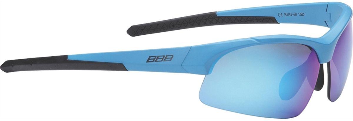 Очки солнцезащитные BBB Impress Small PC Smoke Blue Lenses, цвет: синийBSG-48Специальная версия очков для людей с меньшим размером головы. Спортивные очки современного стиля в легкой оправе. Сменные поликарбонатные линзы. Форма линз обеспечивает защиту от солнца, пыли и ветра. 100% защита от ультрафиолета. Поликарбонатная оправа с регулируемой переносицей. Мешочек для хранения в комплекте. Дополнительные линзы в комплекте: желтая и прозрачная.