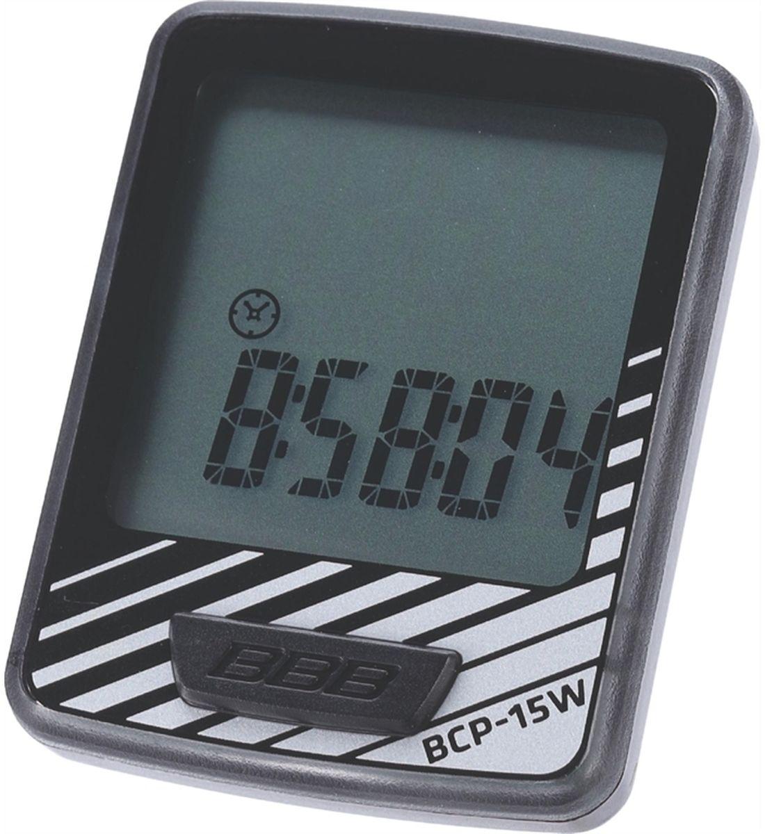 Велокомпьютер BBB DashBoard , 10 функций, цвет: черный, серебристыйBCP-15Wелокомпьютер DashBoard стал, в своем роде, образцом для подражания. Появившись в линейке в 2006 году как простой и небольшой велокомпьютер с большим и легкочитаемым экраном, он эволюционировал в любимый прибор велосипедистов, которым нужна простая в использовании вещь без тысячи лишних функций. Когда пришло время обновить DashBoard, мы поставили во главу угла именно простоту дизайна и использования, в то же время, выведя оба этих параметра на новый уровень. Общий размер велокомпьютера уменьшился за счет верхней части корпуса. Но сам размер экрана остался без изменений - 32 на 32мм, позволяющие легко считывать информацию. Управление одной кнопкой также было сохранено в новой версии. Упрощение конструкции осзначает также меньшее количество швов и лучшую влагозащиту. Так что, DashBoard стал лучше, но остался тем же самым верным другом и помочником, что и был. Беспроводной компьютер с 10 функциями: Текущая скорость Расстояние поездки Одометр...