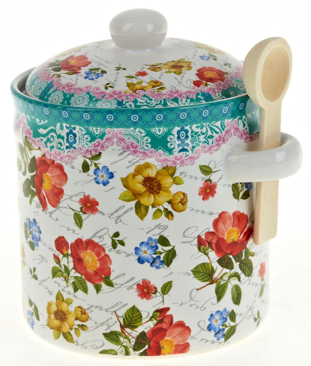 Банка для сыпучих продуктов Nouvelle De France Цветочная поэма, с ложкой, 700 мл0660110Баночка для специй 700 мл, с крышкой и деревянной ложечкой. Изготовлена из керамики. Будет уместна в любом интерьере. Изделие упаковано в подарочную коробку.
