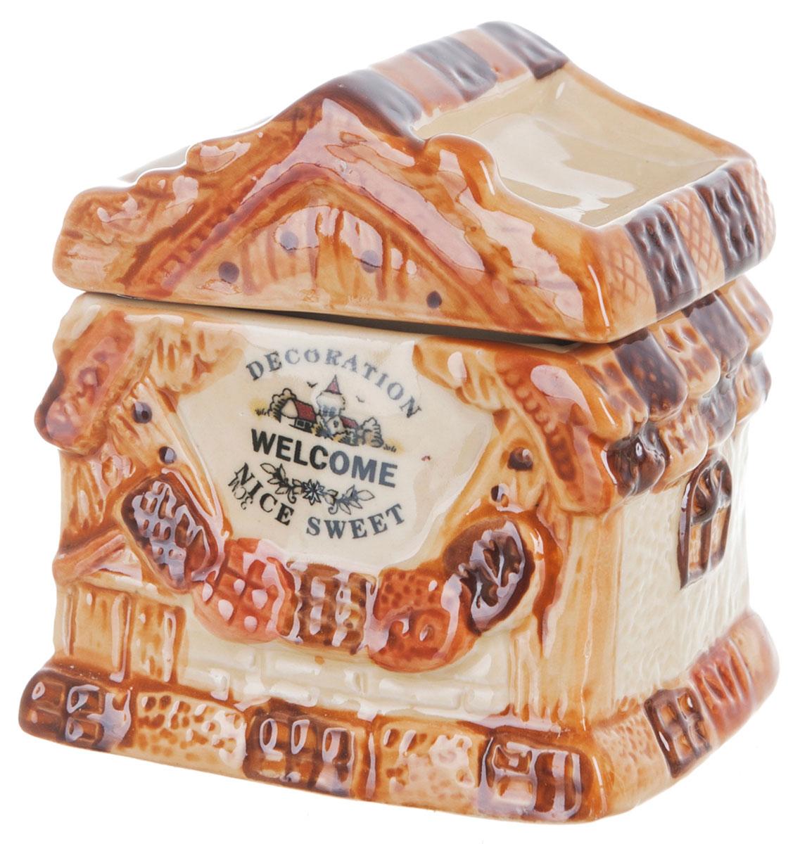 Банка для сыпучих продуктов ENS Group Дом, милый дом, 250 мл0790052Банка для сыпучих продуктов изготовлена из высококачественной керамики. Изделие оформлено красочным изображением в виде домика. Банка прекрасно подойдет для хранения различных сыпучих продуктов: чая, кофе, сахара, соли. Изящная емкость не только поможет хранить разнообразные сыпучие продукты, но и стильно дополнит интерьер кухни. Можно использовать в посудомоечной машине.