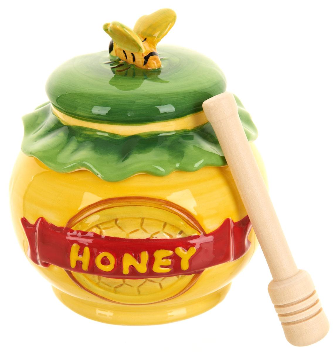 Банка для меда ENS Group Honey, с ложкой, 280 млVT-1520(SR)Банка для меда ENS Group Honey, выполненная из высококачественной керамики, украсит вашу кухню. Банка оснащена плотно закрывающейся крышкой. В комплект входит специальная деревянная ложечка.