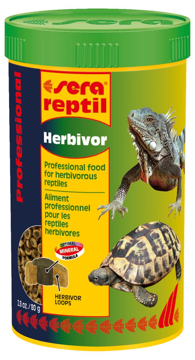 Корм для рептилий Sera Reptil Professional Herbivor, 250 мл (80 г)1810Корм для рептилий Sera Reptil Professional Herbivor - уникальный корм для растительноядных рептилий, состоящий из двухцветных гранул, произведенных с использованием процесса высокофункциональной коэкструзии. Корм предназначен для растительноядных рептилий, таких, например, как сухопутные черепахи и игуаны. Корм, составляющий оболочку-кольцо, содержит смесь различных трав, богат балластными веществами и по составу соответствует кормовой базе среды обитания. Одновременно с этим оболочка-кольцо характеризуется высоким качеством белков и жиров, при их пониженном содержании. Сердцевина гранул зеленого цвета экструдируется при более низкой температуре, по щадящей технологии. Она богата жизненно важными витаминами, минералами и морскими водорослями для укрепления устойчивости к заболеваниям. Оптимальное соотношение кальция и фосфора является основой для здорового роста костей и панциря животных. Инструкция по применению: Кормить...