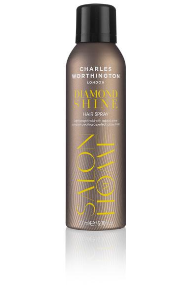 Charles Worthington Лак для волос Бриллиантовый блеск, 200 мл.R5200Новая полимерная технология создает глянцевую вуаль, обеспечивая прочную фиксацию и естественный блеск . Благодаря мелким кристаллическим частицам, входящим в состав, Ваши волосы выглядят блестящими на протяжении долгого времени.