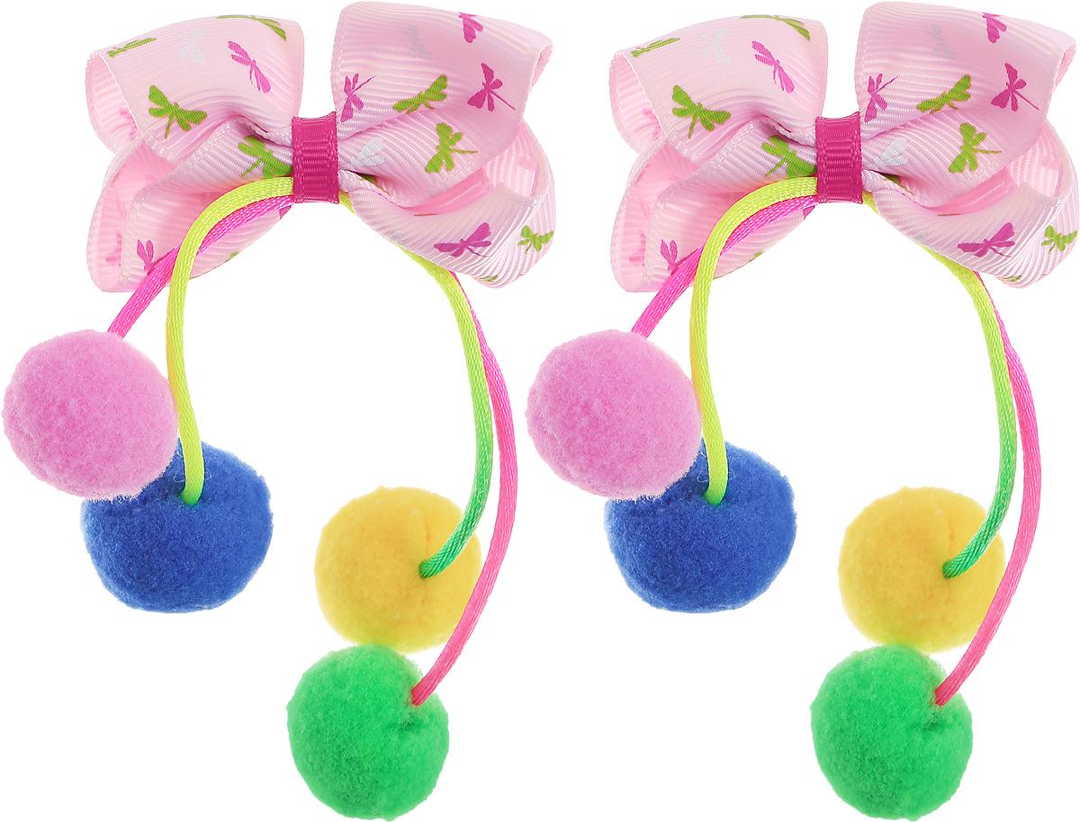 Babys Joy Резинка для волос цвет светло-розовый желтый зеленый синий 2 шт MN 202/2MN 202/2_светло-розовый, желтый, зеленый, синийРезинка для волос Babys Joy выполнена в виде банта из декоративной ленты розового цвета в мелкий рисунок, в центре которого на разноцветных нитках висят помпоны диаметром 2 см. На каждой резинке по 4 помпона: зеленый, синий, желтый, розовый. Резинка позволит не только убрать непослушные волосы с лица, но и придать образу немного романтичности и очарования. В упаковке: 2 резинки.