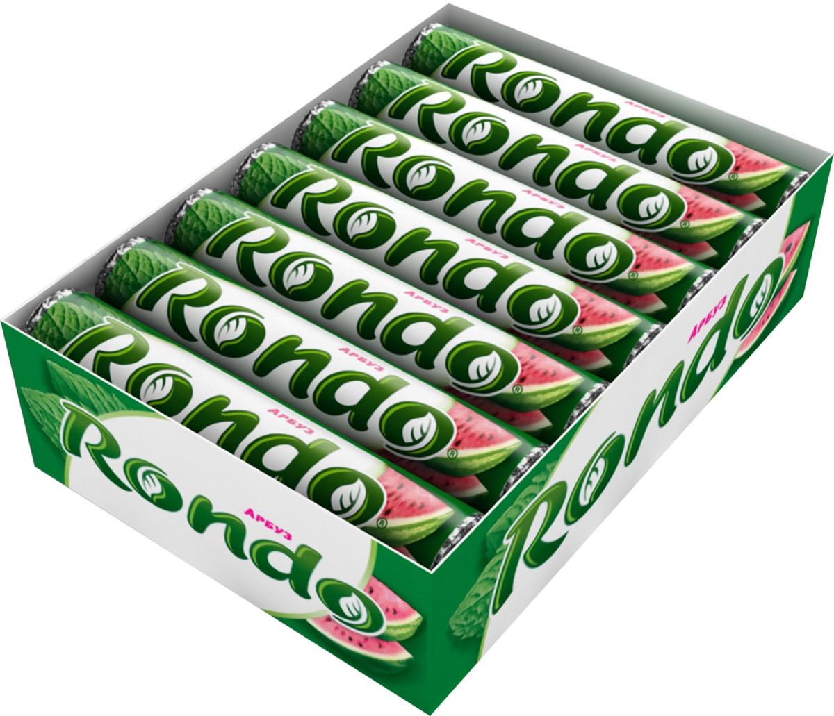 Rondo Арбуз освежающие конфеты, 14 пачек по 30 г5000159437011Мятные конфеты Rondo с ароматом арбуза освежают дыхание и делают день слаще! Уникальный продукт, созданный в 1996 году специально для российских потребителей, по-прежнему остается одним из любимых оружий против несвежего дыхания. Свежее дыхание облегчает понимание! Уважаемые клиенты! Обращаем ваше внимание, что полный перечень состава продукта представлен на дополнительном изображении.