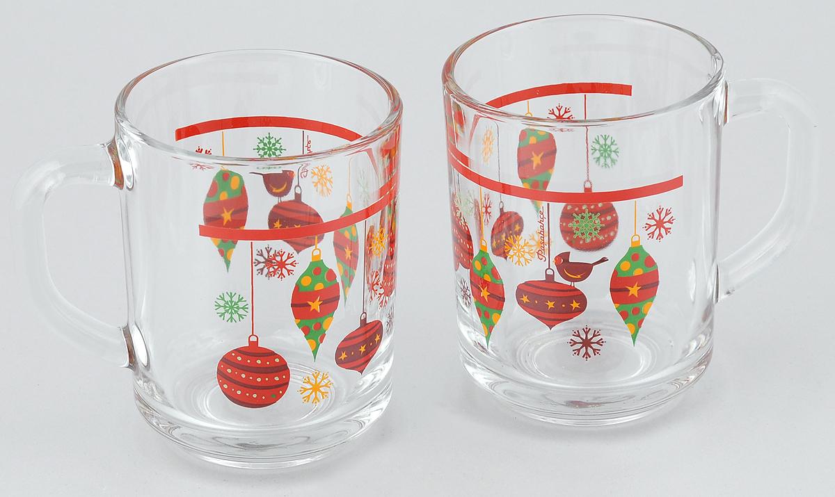Набор кружек Pasabahce Workshop Christmas Toys, 250 мл, 2 шт55029B/D11Набор Pasabahce Workshop Christmas Toys состоит из двух кружек с удобными ручками, выполненных из прочного натрий-кальций-силикатного стекла. Кружки декорированы ярким изображением. Изделия хорошо удерживают тепло, не нагреваются. На них не выгорает и не вымывается рисунок. Посуда Pasabahce Workshop будет радовать вас яркими, интересными рисунками и качеством изготовления. Объем кружки: 250 мл.