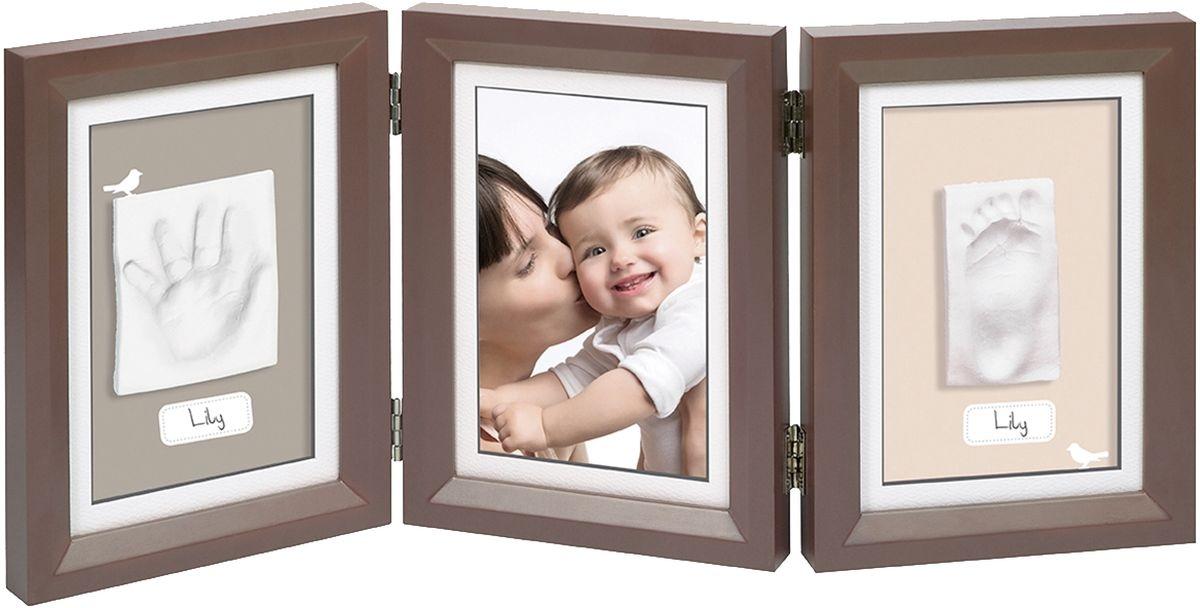 Baby Art Рамка для оттисков Классика тройная34120108Тройная рамочка с отпечатком от компании Baby Art - это особый подход к созданию очаровательного подарка на память для этого особого периода жизни, с фотографией и обоими отпечатками ручки и ножки вашего ребенка. - Быстро и легко сделать отпечаток: не надо запекать, нет необходимости в дополнительных материалах, все уже включено в набор! - Можно делать несколько проб до сушки. - Очень быстро: создание идеального слепка всего за 2 минуты (не включая процесс сушки).