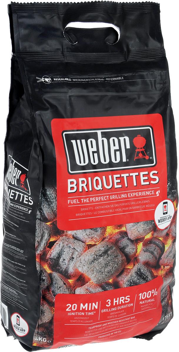 Брикеты угольные Weber, 4 кг17597Уголь Weber предназначен для быстрого и качественного приготовления разнообразных блюд в мангалах и грилях. Брикеты изготовлены из высококачественного древесного угля. Изделия обладают высокой теплоотдачей и не выделяют канцерогенных веществ. Уголь пылает ровно и значительное время сохраняет жар, что гарантирует хорошую прожарку продуктов и исключает их подгорание. Упаковка изготовлена из прочного материала и имеет специальный механизм открывания. Вес упаковки: 4 кг.