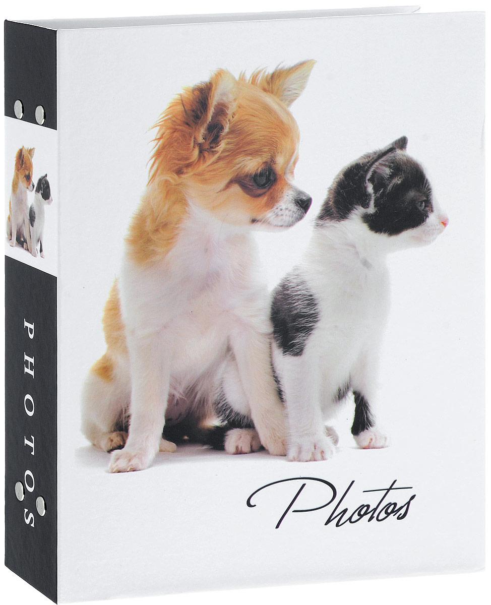 Фотоальбом Platinum Кошки - 2, 200 фотографий, 10 х 15 см. PP-46200S21828_щенок и котёнок/PP-46200SФотоальбом Platinum Кошки - 2 поможет красиво оформить ваши фотографии. Обложка выполнена из толстого картона и декорирована изображением животных. Внутри содержится блок из 50 листов с фиксаторами-окошками из полипропилена. Альбом рассчитан на 200 фотографий формата 10 х 15 см (по 2 фотографии на странице). Крепятся листы с помощью заклепок. Нам всегда так приятно вспоминать о самых счастливых моментах жизни, запечатленных на фотографиях. Поэтому фотоальбом является универсальным подарком к любому празднику. Количество листов: 50.