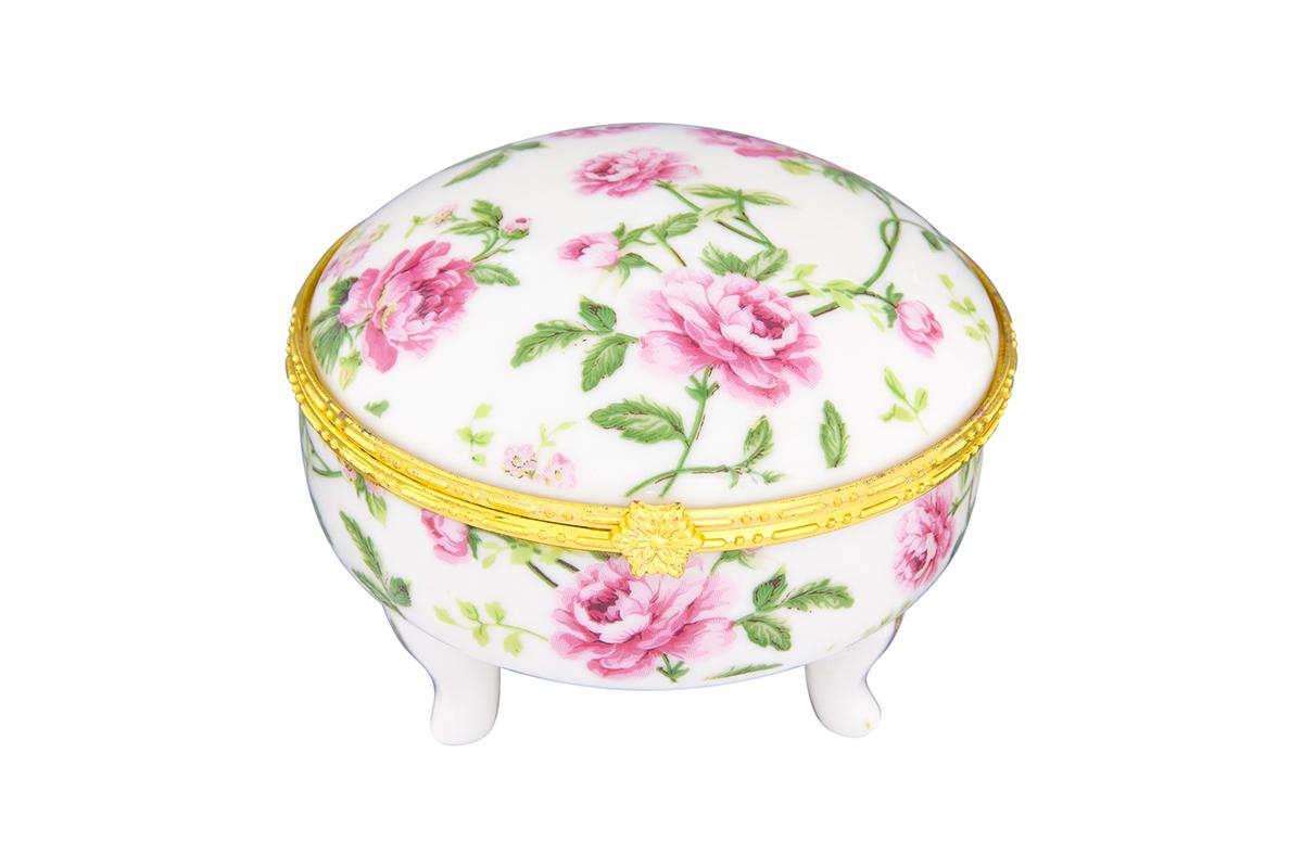Шкатулка Elan Gallery Плетистая роза, высота 6,5 смFS-91909Замечательный сувенир и подарок. Идеально подходит для хранения мелких украшений. Прекрасные шкатулки Elan Gallery являются хорошим решением для вашего гардероба. Данная вещь будет хорошей покупкой или подарком другу. Размер шкатулки: 8 х 8 х 6,5 см.