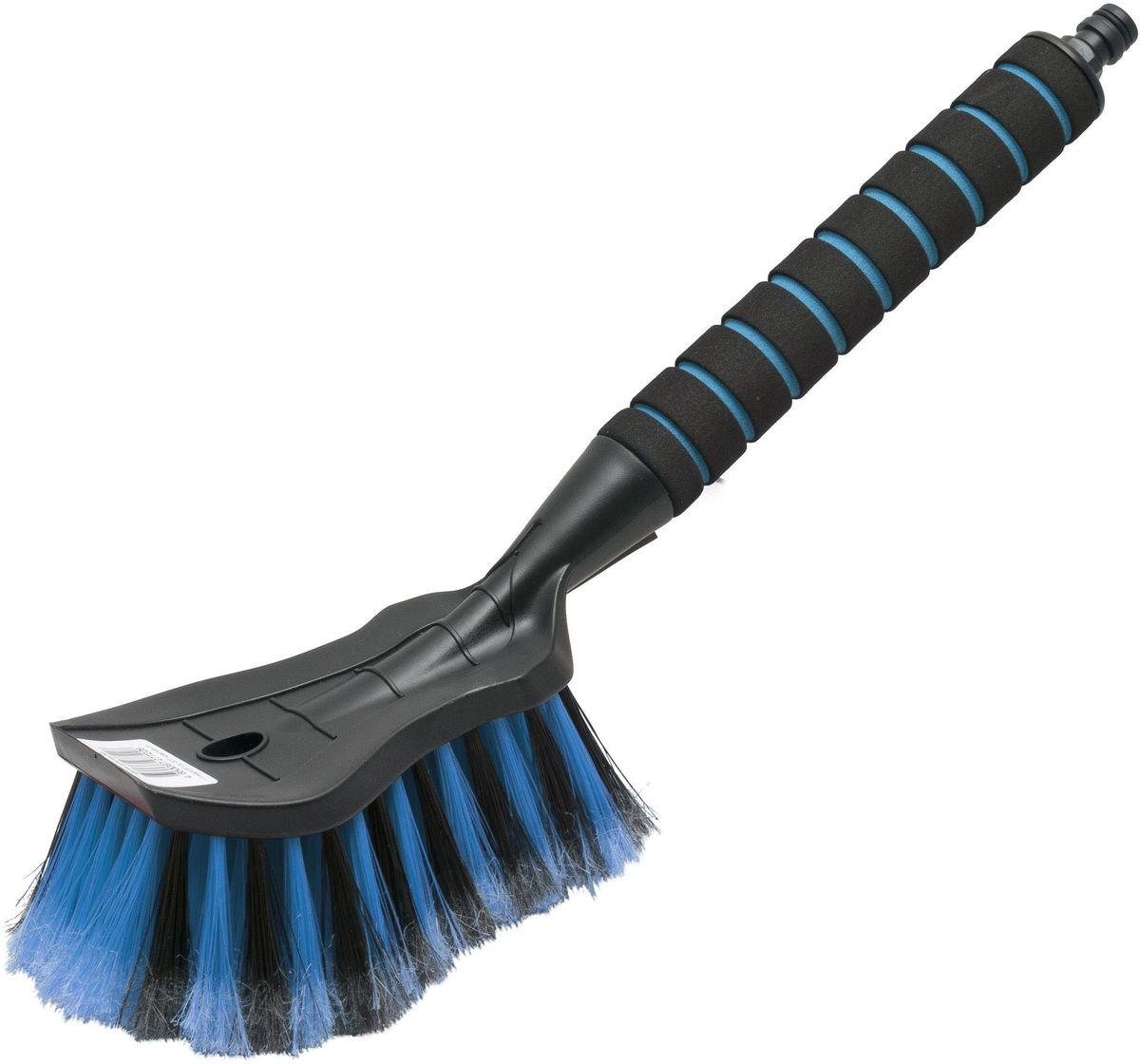 Щетка для мытья Главдор GL-575, цвет: голубойGL-575Щетка для мытья с мягкой, распушенной щетиной, изготовлена из прочного пластика. Рукоятка имеет мягкое пенополиэтиленовое покрытие, снабжена адаптером (насадкой) дляподключения к шлангу.