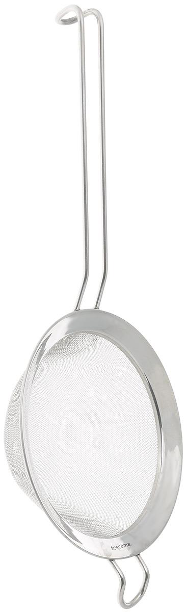 Сито Tescoma Chef, диаметр 14 см428048Сито Tescoma Chef, выполненное из высококачественной нержавеющей стали, станет незаменимым аксессуаром на вашей кухне. Удобная ручка-пруток не позволит выскользнуть изделию из вашей руки. Прочная стальная сетка и корпус обеспечивают изделию износостойкость и долговечность. Сито оснащено специальным ушком, за которое его можно подвесить в любом месте. Такое сито поможет вам процедить или просеять продукты и станет достойным дополнением к кухонному инвентарю. Можно мыть в посудомоечной машине. Диаметр: 14 см. Длина ручки: 18 см.